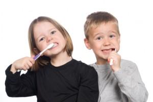 Billede af børn med tandbørster
